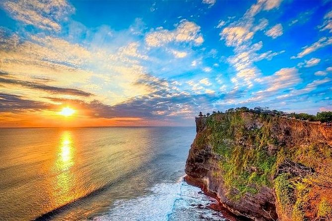 Bali Sunset: Uluwatu Temple, Kecak Dance and Jimbaran