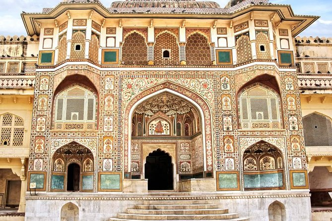 Private 2-Day Jaipur Tour from Delhi: City Palace, Hawa Mahal and Amber Fort