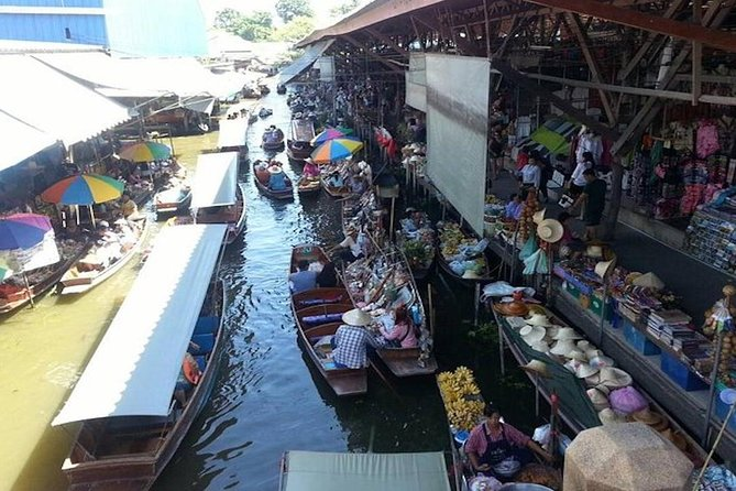 Damnoen Saduak Floating Market with Boat Ride