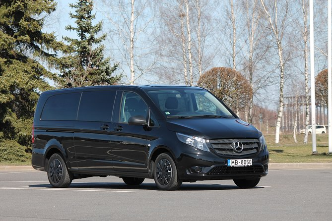 Private Minivan Transfer from Tallinn to Riga