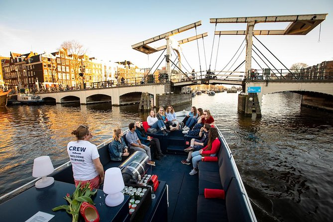 Open boat tour - All drinks included - 60 Minutes - Live guide