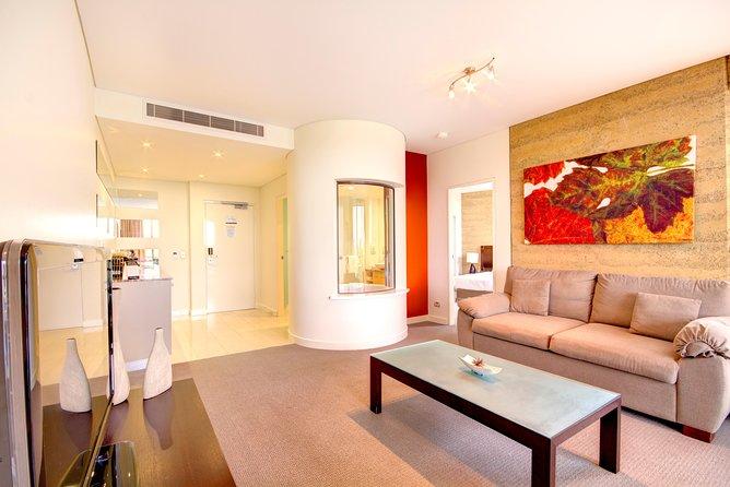 2-Day Yarra Valley Wine Tour with Luxury Vineyard Resort Stay