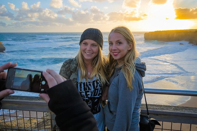 Great Ocean Road Tour with Instagram Sunset views at 12 Apostles from Melbourne