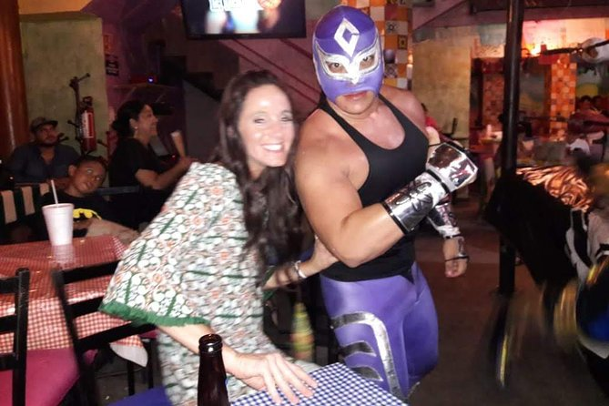 Lucha Libre Experience in Acapulco with Tacos Dinner and Beer