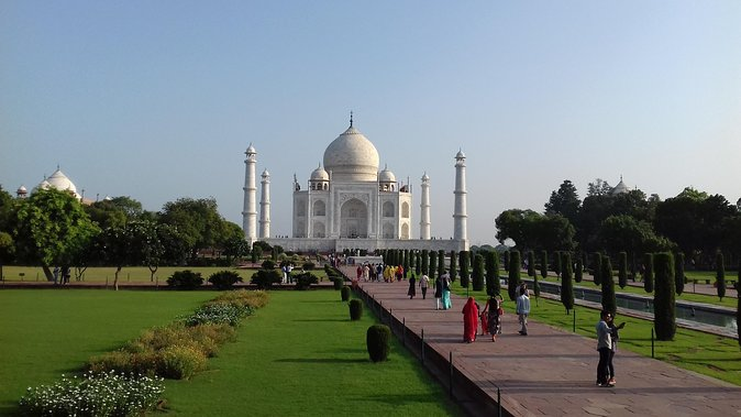 Taj Mahal same day tour by car from Delhi