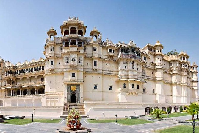 08 Days Golden Triangle Tour With Udaipur