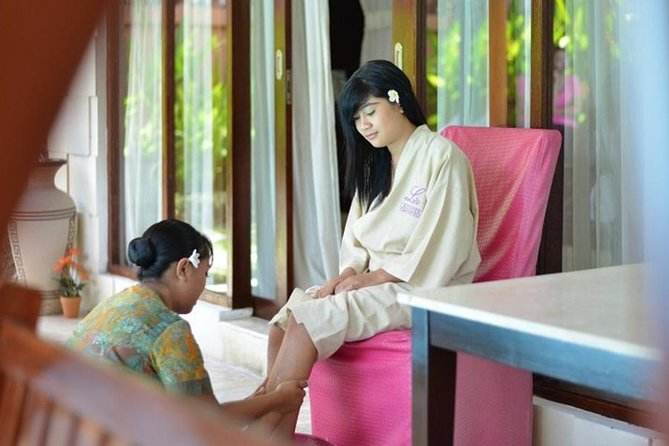 Kuta Bali Lavender Healing Check Out Tour with Massage, Pool, and Dining