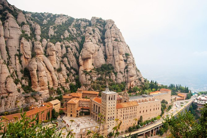 Montserrat Monastery and Sagrada Familia Tour with Liquor Tasting photo 7