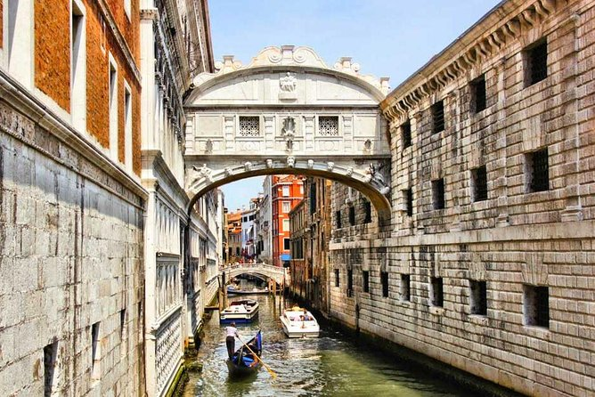Visiting Venice? Would you like to take amazing Photos? This is your tour! photo 6