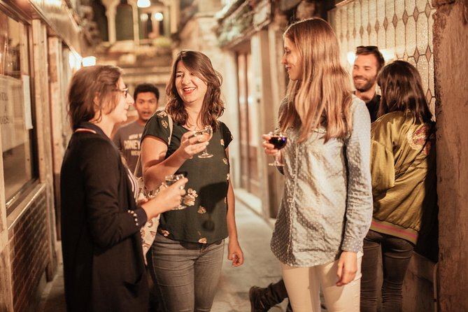 Private Venice Nightlife Tour: Drinks, Bites & Local Bars