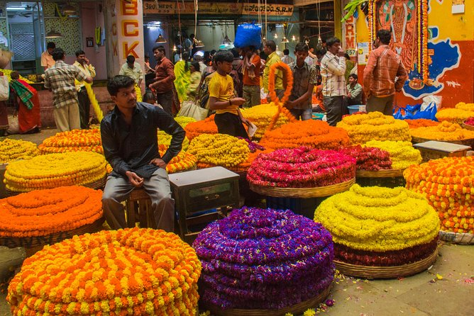 Bangalore Photography Tour: Pete Market Tour: Bangalore Half Day Tour