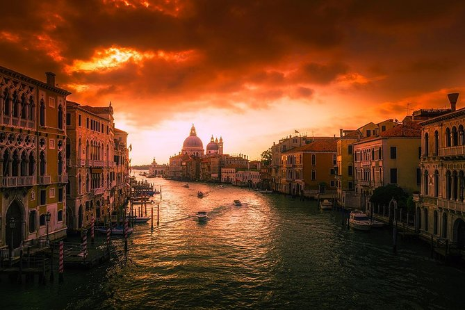 Visiting Venice? Would you like to take amazing Photos? This is your tour! photo 4