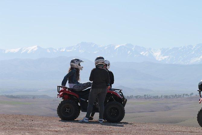 Half-day quad bike in the palmgrove & rock desert