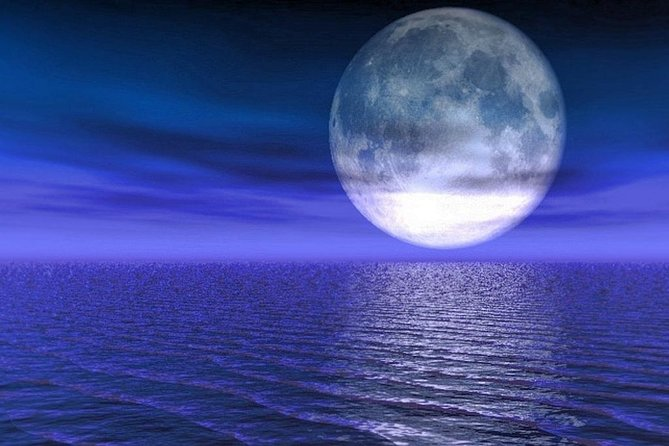 Two Hour Full Moon Sailing Tour for up to Four Adults