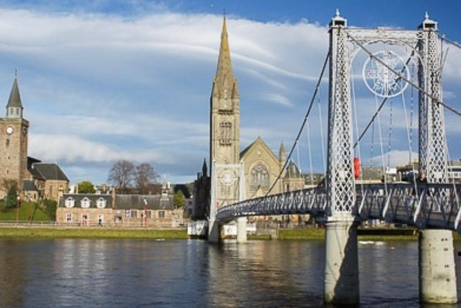 Walking tour Inverness, 2.5 hrs, all points of interest included