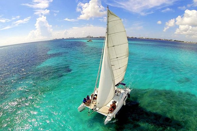 Top Sailing tour to Isla Mujeres with lunch and open bar from Cancun