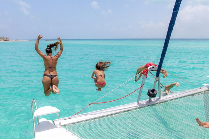 Snorkelling Adventure at Isla Mujeres Includes Lunch and Open Bar