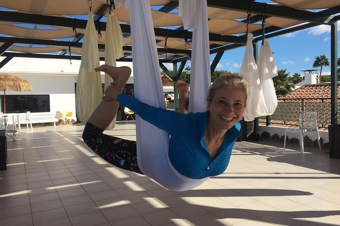 AERIAL Yoga - Anti Gravity - Fly with us