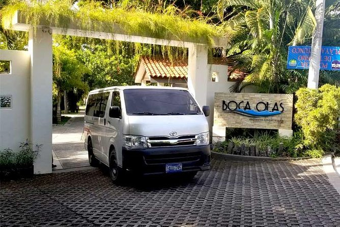 Airport transfer to El Tunco beach or nearby areas