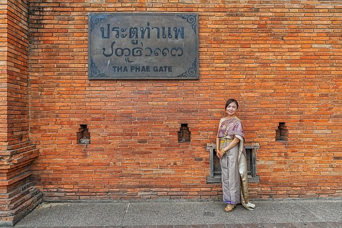 8 Hour Traditional Thai Costume Rental in Chiang Mai! photo 6