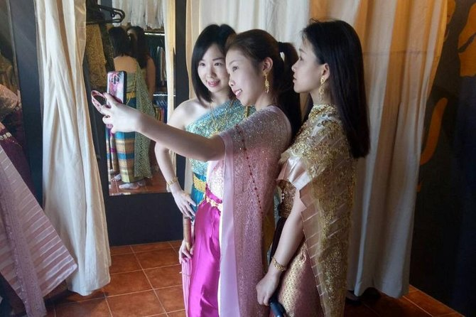 8 Hour Traditional Thai Costume Rental in Chiang Mai! photo 21