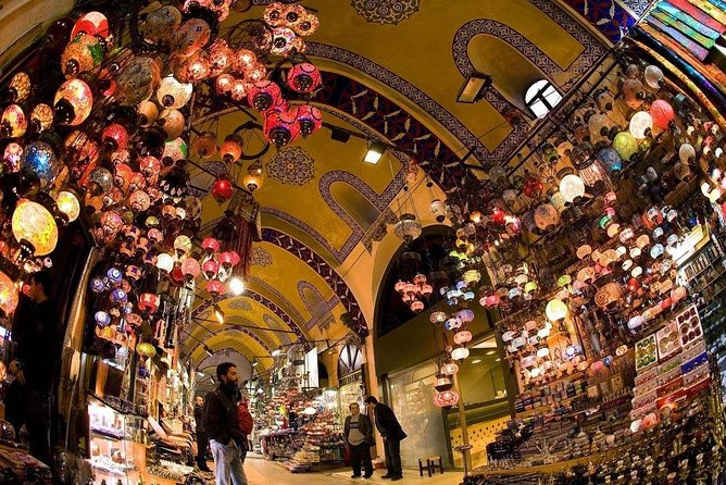 Small-Group Grand Bazaar Shopping Tour in Istanbul photo 4