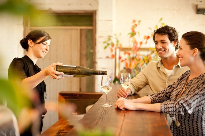 Scenic Hunter Valley Winery Tour with Boutique Wineries & Local Cheese