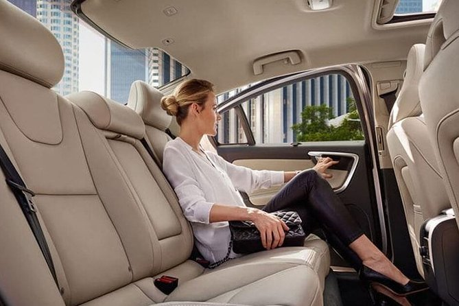 Low Cost :- Private Transfer Toronto Downtown to Niagara Falls Ont