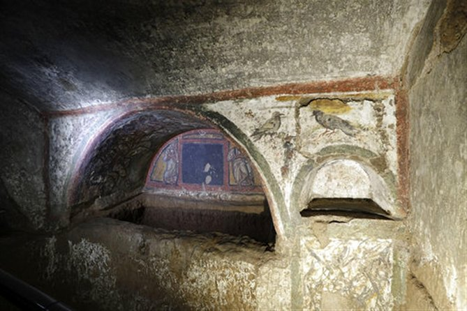 Crypts and catacombs of Rome guided tour