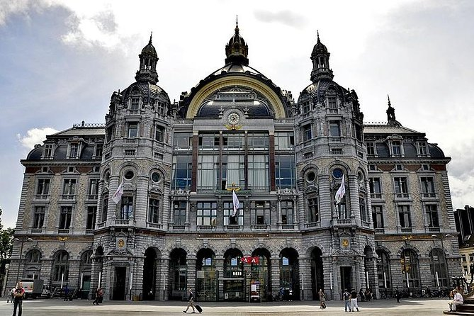 Private day trip to Antwerpen and Brussels