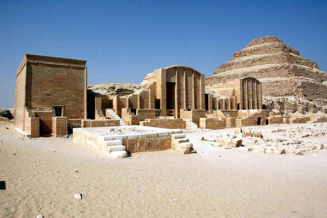 Full Day Tour to Giza Pyramids Memphis and Sakkara including lunch
