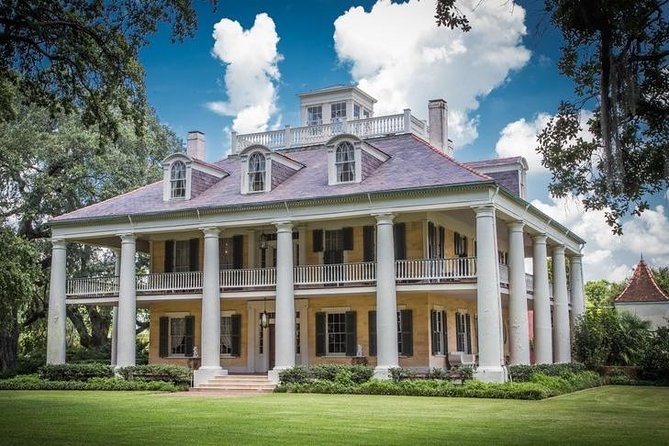 Private Louisiana Plantations Tour with Lunch from New Orleans