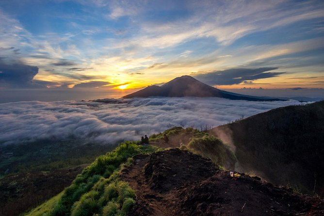 Mount Batur Sunrise Treeking with Breakfast