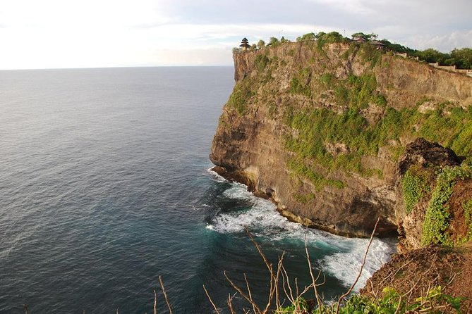 Uluwatu Temple And Fire Dance Tour
