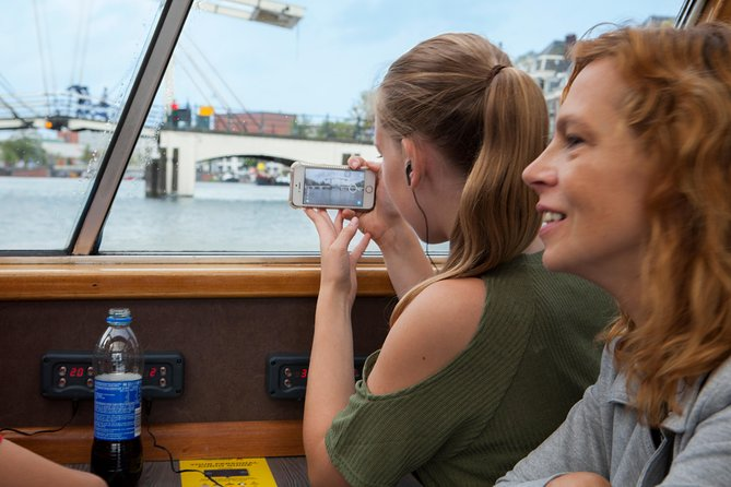 Amsterdam Canal Cruise - 1 hr with Audioguide