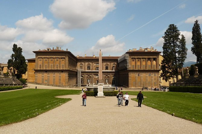 Pitti Palace and Boboli Gardens Private Tour