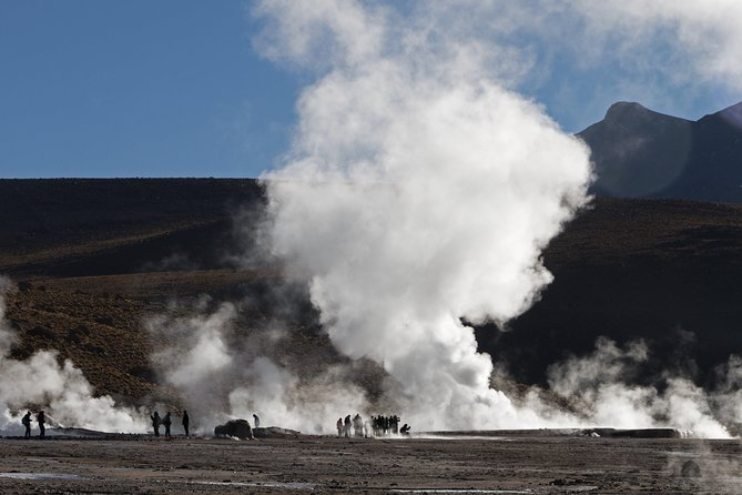 El Tatio Geysers and Machuca Village Day Trip photo 3