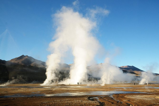 El Tatio Geysers and Machuca Village Day Trip photo 1