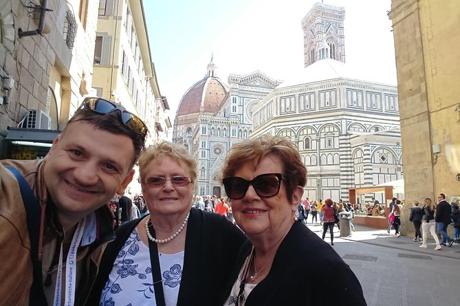 Be In Florence: Private walking tour with exclusive tasting