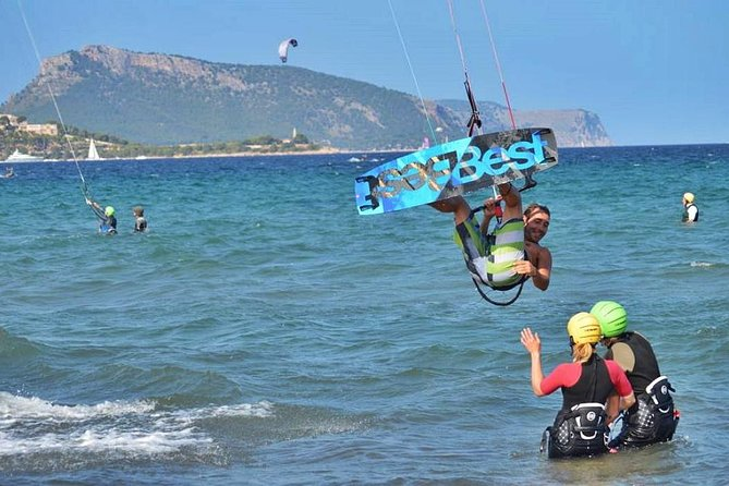 2 Day Beginners' Kite Surfing Course at Pollensa photo 2