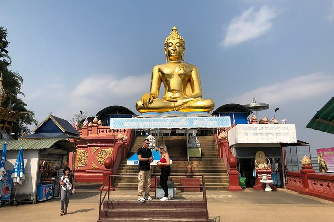 Chiang Rai One Day : White Temple, Golden Triangle, Boat Ride to Laos, Long Neck