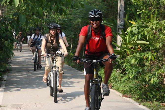 Exploring Bangkok by Bike