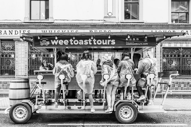 Prosecco Bike Tours - Be the Toast of Belfast! photo 12