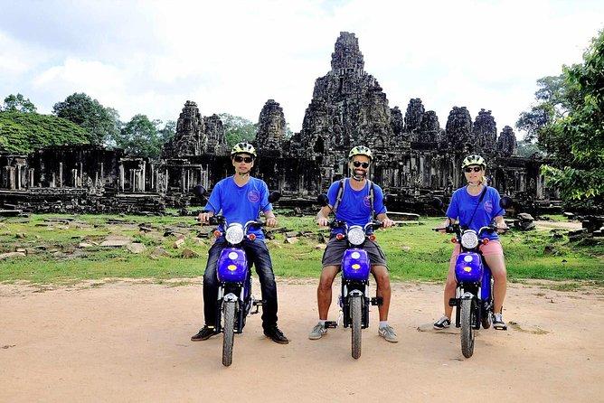 Temple Raiders - Discover Angkor Sunrise Temple E-bike Cruising Tours