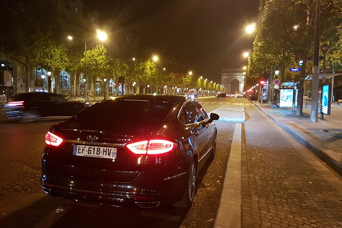 Private Shuttle from Orly Airport to Paris: Premium Service