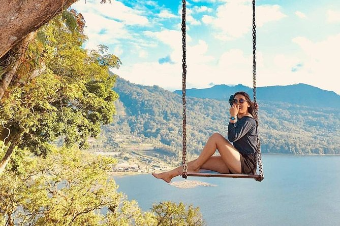 Tanah Lot-Jatiluwih-Beratan Temple-Banyumala Waterfalls-Private Tour
