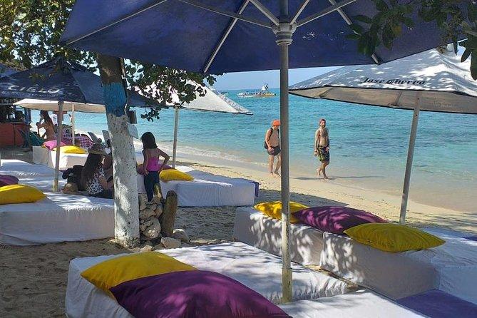 Banana Beach on the white beach of Baru