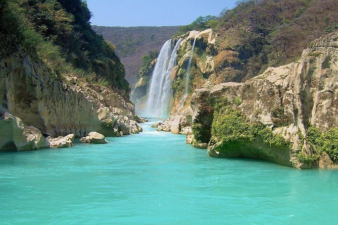 15-Day Trip in Mexico: Waterfalls, Mountains & Sea