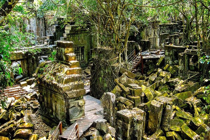 Phnom Kulen Waterfalls with Beng Mealea Jungle Temple photo 4