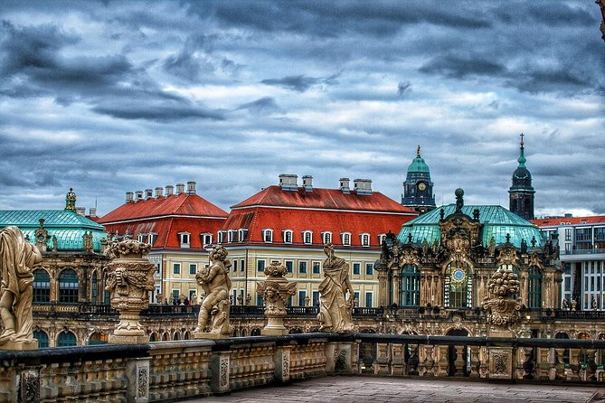 Transfer from Prague to Berlin: Private sightseeing daytrip with two stops